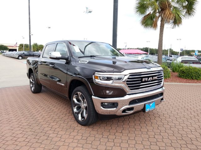 2019 Ram 1500 Crew Cab 4x4,  Pickup #KN633340 - photo 1