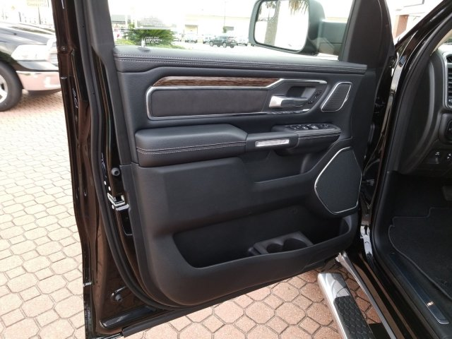 2019 Ram 1500 Crew Cab 4x2,  Pickup #KN655646 - photo 12