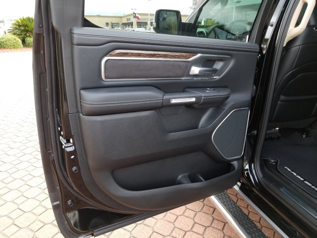 2019 Ram 1500 Crew Cab 4x2,  Pickup #KN655646 - photo 15