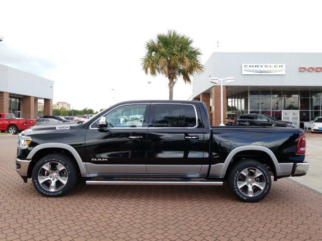 2019 Ram 1500 Crew Cab 4x2,  Pickup #KN655646 - photo 3