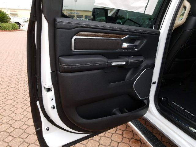 2019 Ram 1500 Crew Cab 4x2,  Pickup #KN655647 - photo 15