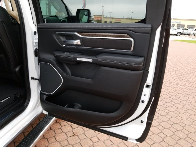 2019 Ram 1500 Crew Cab 4x2,  Pickup #KN655647 - photo 18