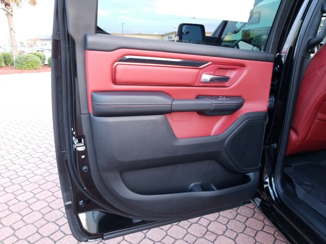 2019 Ram 1500 Crew Cab 4x4,  Pickup #KN671492 - photo 15