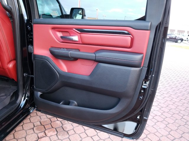 2019 Ram 1500 Crew Cab 4x4,  Pickup #KN671492 - photo 18