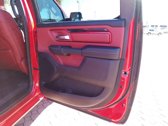 2019 Ram 1500 Crew Cab 4x4,  Pickup #KN671493 - photo 19