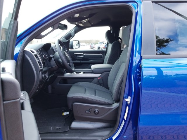 2019 Ram 1500 Crew Cab 4x2,  Pickup #KN745542 - photo 10