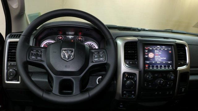 2018 Ram 1500 Crew Cab 4x4, Pickup #D7095 - photo 8