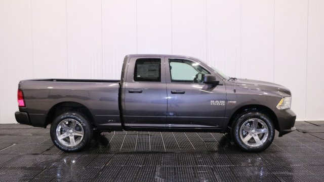 2018 Ram 1500 Quad Cab 4x4, Pickup #D7418 - photo 3