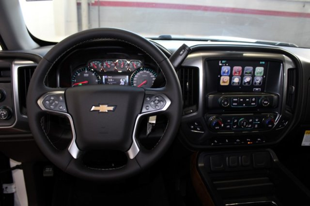 2017 Silverado 1500 Crew Cab 4x4 Pickup #M25721 - photo 6