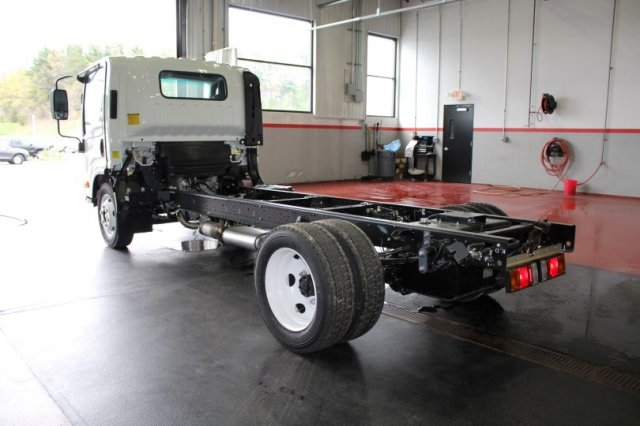 2016 LCF 4500 Regular Cab, Cab Chassis #M25832 - photo 4