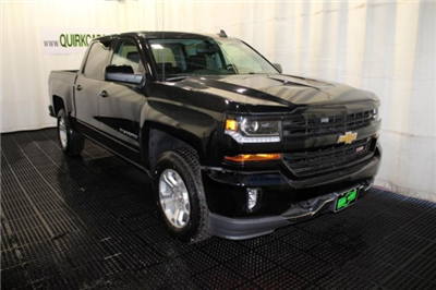 2018 Silverado 1500 Crew Cab 4x4 Pickup #M26372 - photo 1