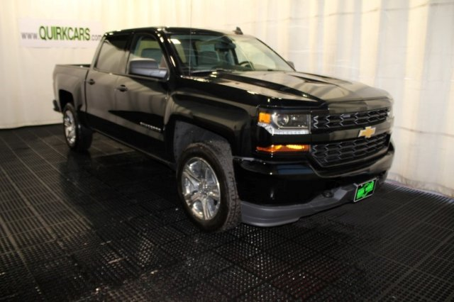 2018 Silverado 1500 Crew Cab 4x4 Pickup #M26384 - photo 1