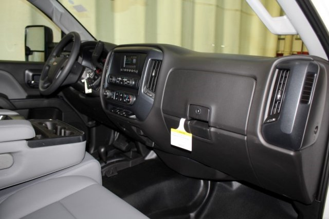 2017 Silverado 2500 Regular Cab 4x4,  Reading Service Body #M26587 - photo 11