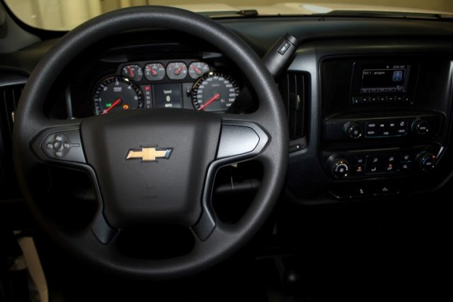 2017 Silverado 2500 Regular Cab 4x4,  Reading Service Body #M26587 - photo 6