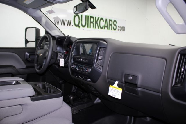 2018 Silverado 2500 Regular Cab 4x4,  Reading Service Body #M26958 - photo 11