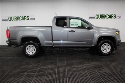 2018 Colorado Extended Cab 4x4, Pickup #M26997 - photo 3