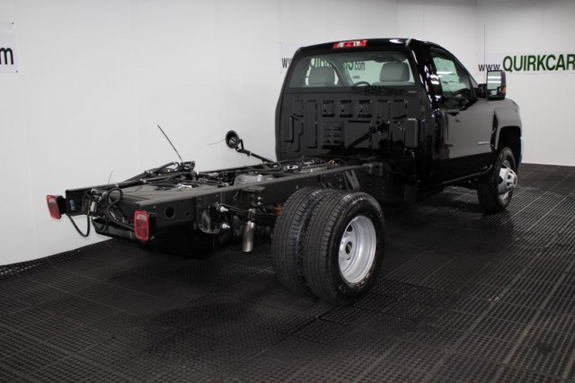 2018 Silverado 3500 Regular Cab DRW 4x4,  Cab Chassis #M27316 - photo 2