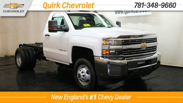 2017 Silverado 3500 Regular Cab 4x4 Cab Chassis #C57099 - photo 1