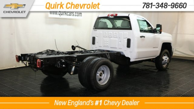 2017 Silverado 3500 Regular Cab 4x4 Cab Chassis #C57099 - photo 2