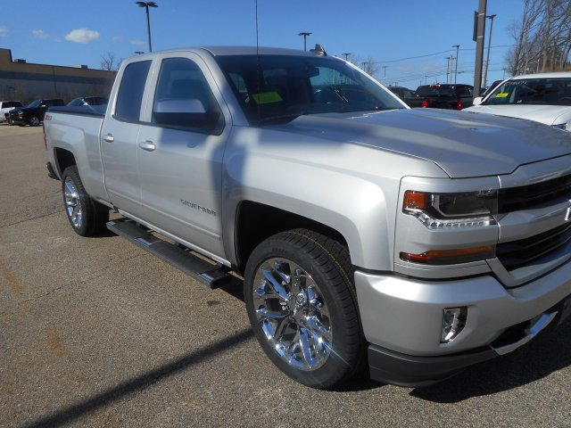 2018 Silverado 1500 Double Cab 4x4,  Pickup #C59381 - photo 4
