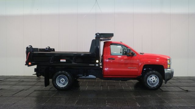 2018 Silverado 3500 Regular Cab DRW 4x4, Dump Body #C59742 - photo 3