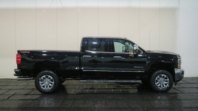 2018 Silverado 2500 Crew Cab 4x4,  Pickup #C61905 - photo 3