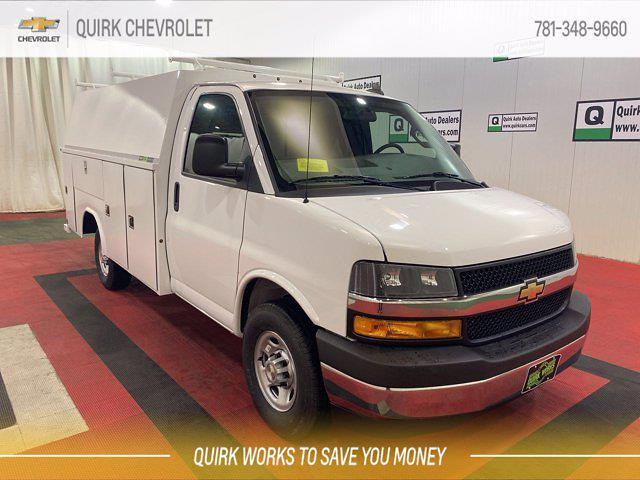 2021 Chevrolet Express 3500 4x2, Reading Service Utility Van #C71413 - photo 1