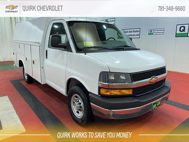 2021 Chevrolet Express 3500 4x2, Cutaway #C71419 - photo 1