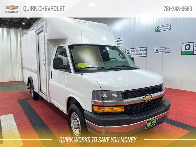 2021 Chevrolet Express 3500 4x2, Rockport Cutaway Van #C71757 - photo 1
