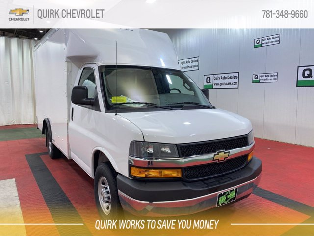 2020 Chevrolet Express 3500 4x2, Rockport Cutaway Van #C71759 - photo 1
