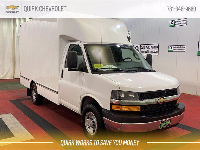2021 Chevrolet Express 3500 4x2, Unicell Cutaway Van #C71963 - photo 1