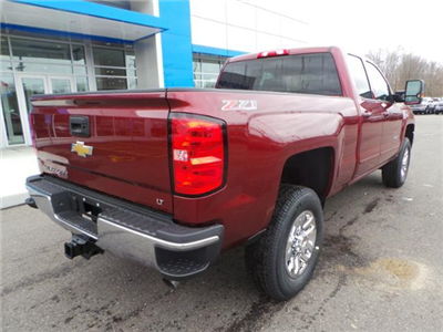2017 Silverado 2500 Double Cab 4x4 Pickup #12016 - photo 12