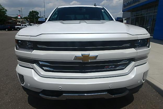 2017 Silverado 1500 Crew Cab 4x4 Pickup #12611 - photo 11