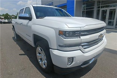 2017 Silverado 1500 Crew Cab 4x4 Pickup #12611 - photo 10