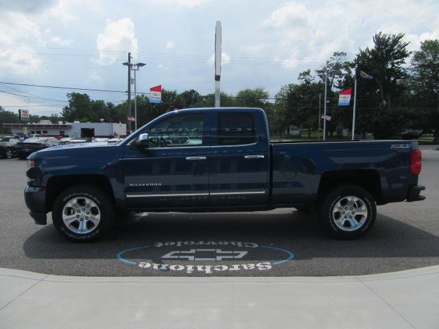2017 Silverado 1500 Double Cab 4x4 Pickup #12645 - photo 10