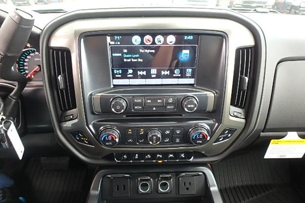 2017 Silverado 1500 Crew Cab 4x4 Pickup #12710 - photo 25