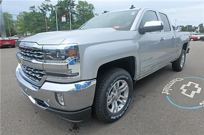 2017 Silverado 1500 Double Cab 4x4 Pickup #12808 - photo 11