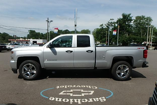 2018 Silverado 1500 Double Cab 4x4, Pickup #13039 - photo 9