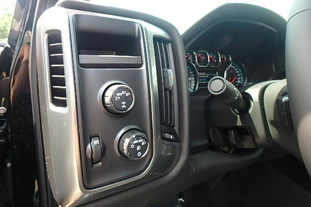 2018 Silverado 1500 Double Cab 4x4, Pickup #13048 - photo 17