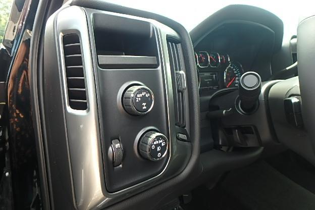 2018 Silverado 1500 Extended Cab 4x4 Pickup #13052 - photo 17