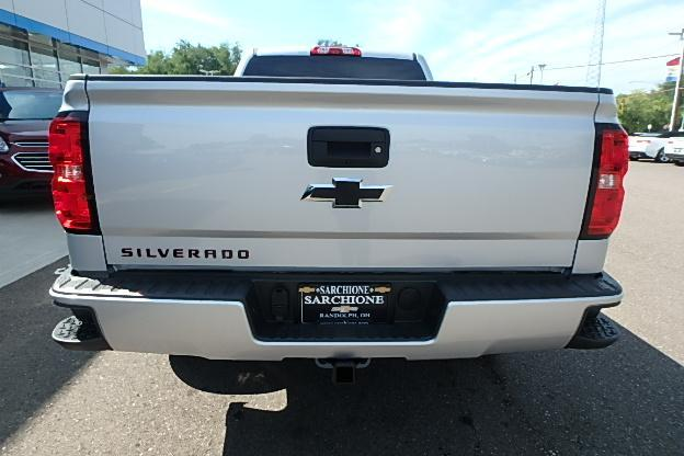 2018 Silverado 1500 Extended Cab 4x4 Pickup #13057 - photo 12