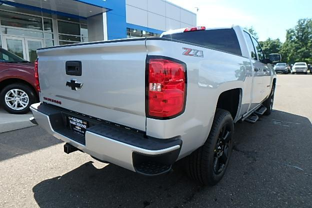2018 Silverado 1500 Extended Cab 4x4 Pickup #13057 - photo 2