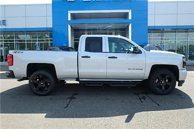2018 Silverado 1500 Extended Cab 4x4 Pickup #13057 - photo 1