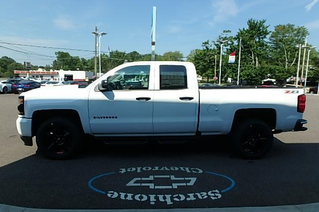 2018 Silverado 1500 Extended Cab 4x4 Pickup #13080 - photo 10
