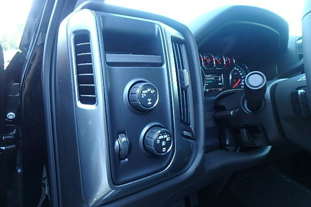 2018 Silverado 1500 Extended Cab 4x4 Pickup #13082 - photo 17