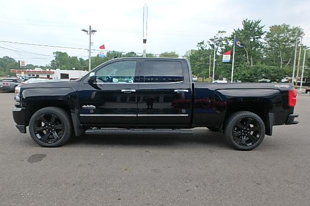 2017 Silverado 1500 Crew Cab 4x4 Pickup #13100 - photo 13