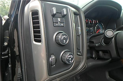 2017 Silverado 1500 Crew Cab 4x4 Pickup #13100 - photo 21