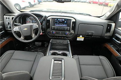 2017 Silverado 1500 Crew Cab 4x4 Pickup #13100 - photo 10