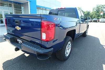 2018 Silverado 1500 Extended Cab 4x4 Pickup #13172 - photo 2