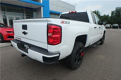 2018 Silverado 1500 Double Cab 4x4,  Pickup #13196 - photo 12
